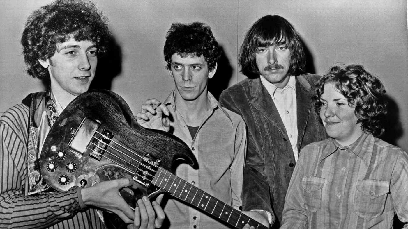 """1970: (L-R) Doug Yule, Lou Reed, Sterling Morrison and  Maureen """"Moe"""" Tucker of the rock and roll band """"Velvet Underground"""" pose for a portrait in 1970. (Photo by Michael Ochs Archives/Getty Images)"""