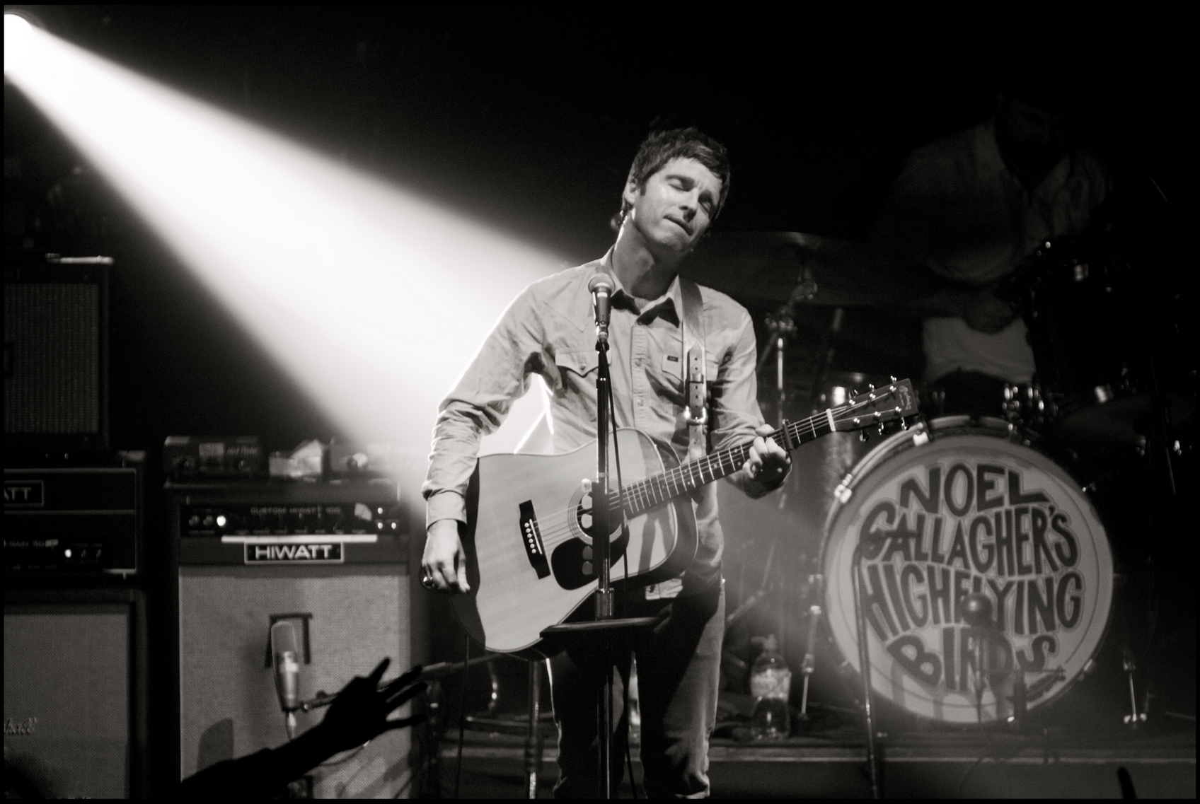 Noel Gallagher's High Flying Birds Live Photo 3 (Jill Furmanovsky/rockarchive.com)