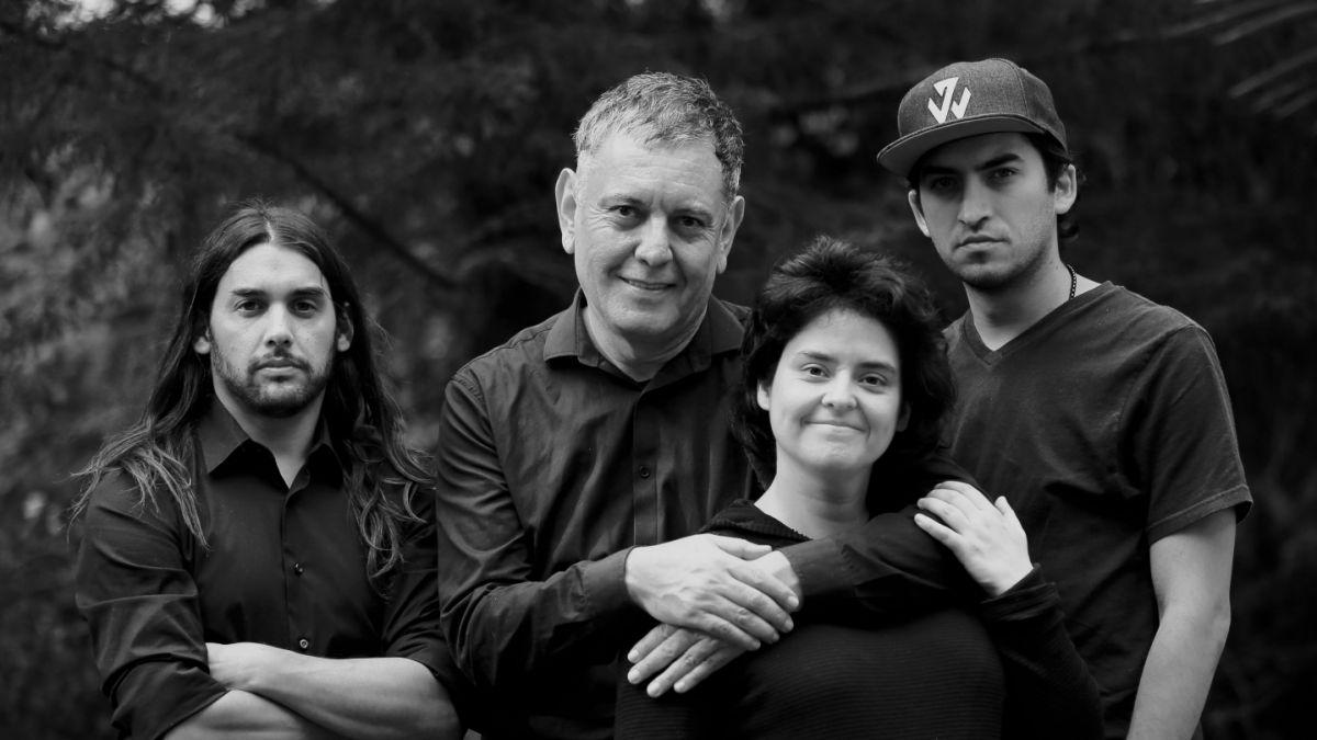 Camila Moreno y Electrodomésticos lanzan nueva versión de '2.000 Canciones'