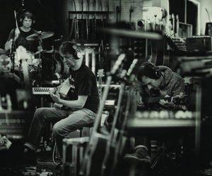 Wilco confirma su debut en Chile